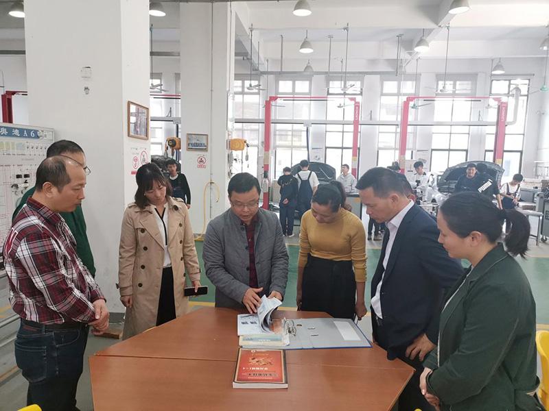 广西工贸高级技工学校来访