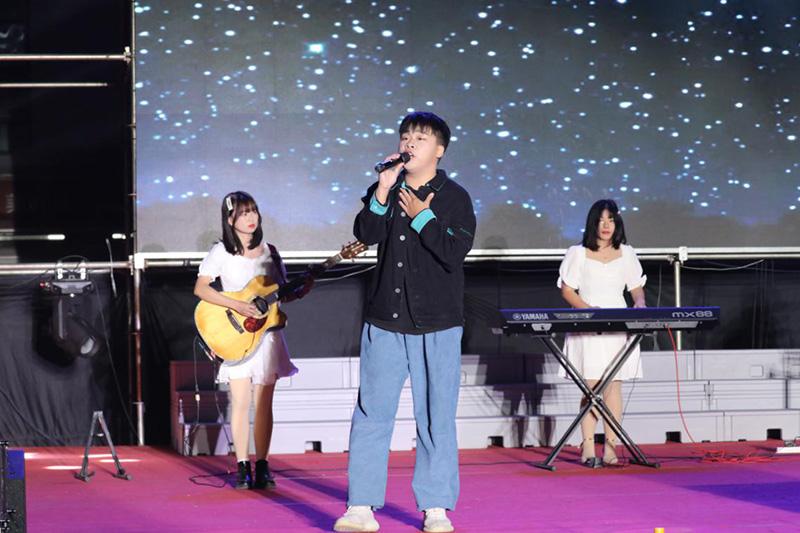 """团结""""艺""""心,温暖前行——2021年元旦晚会圆满落幕"""